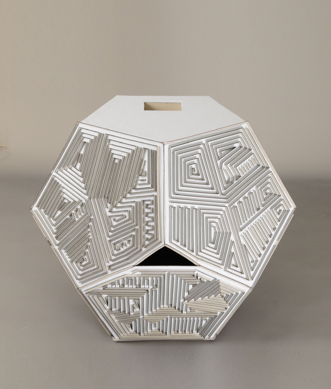 CT-004 cardboard,felt,camera obscura 80x80x80cm