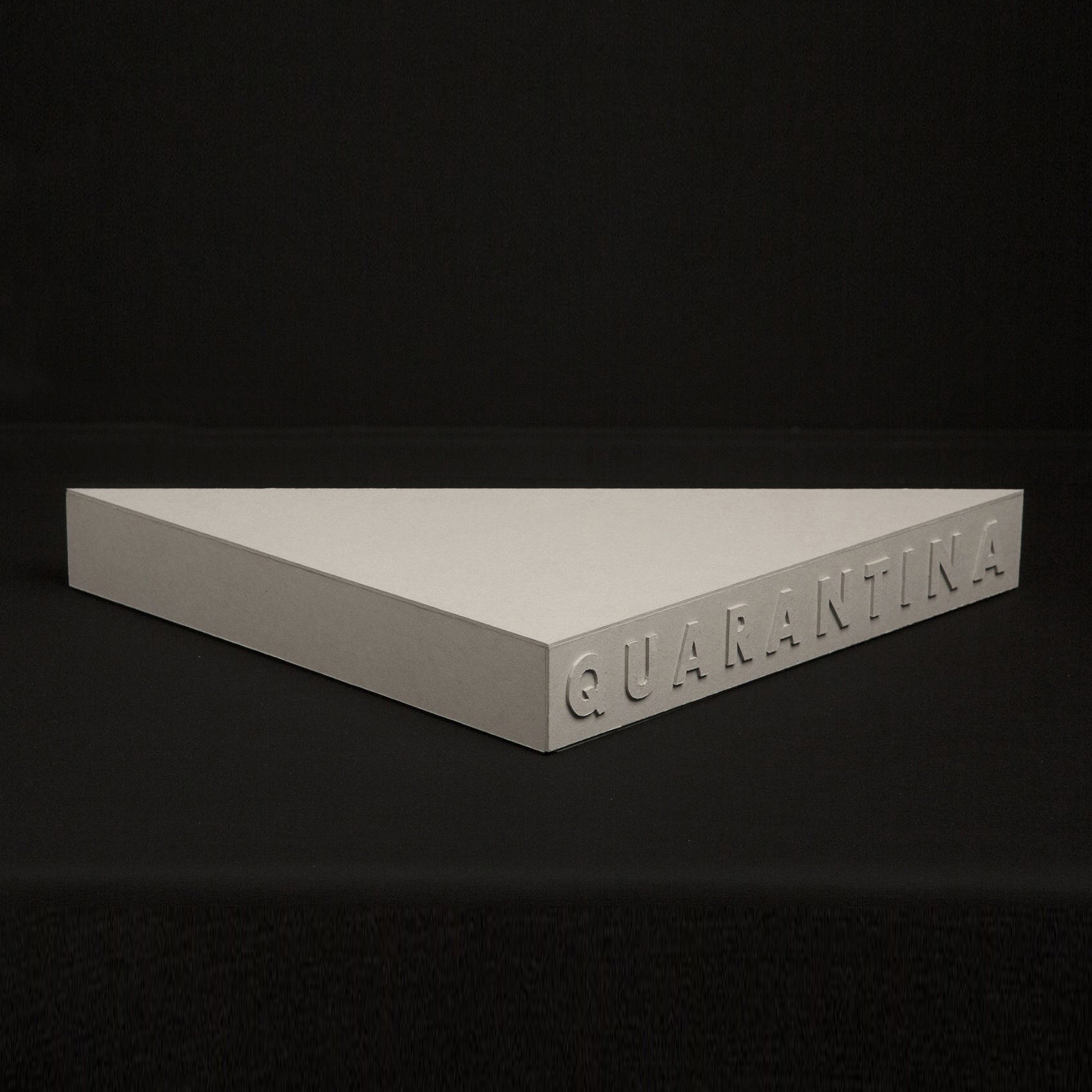 Quarantina 7x40x40cm(closed) Cardboard, paper, PVC, porcelain